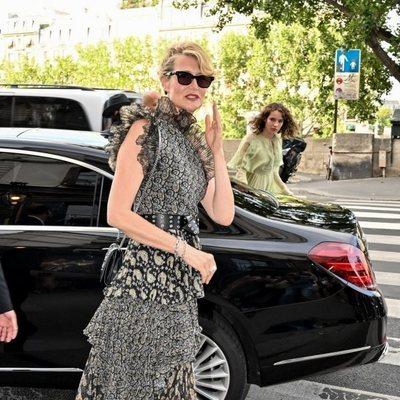 Laura Dern en la boda de Zoë Kravitz y Karl Glusman