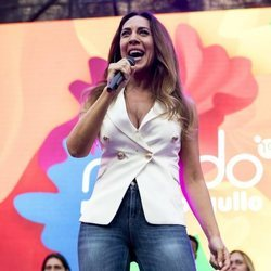 Mónica Naranjo dando el pregón del Orgullo 2019