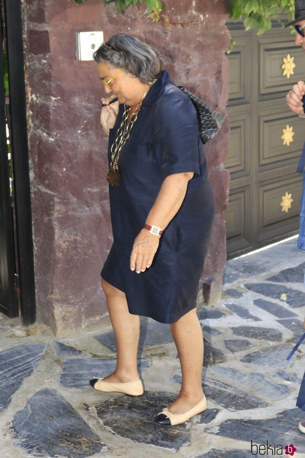 Elena Benarroch llegando a la fiesta de cumpleaños de Mario Vaquerizo