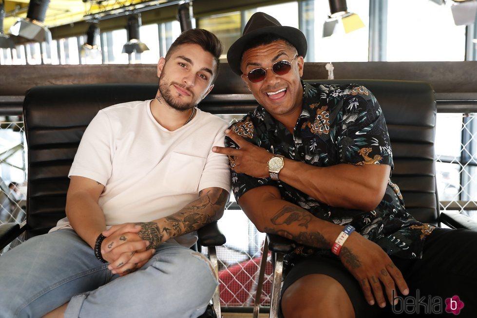 Henry Méndez y Samuel Cuenda promocionando su single 'Mi día de suerte'