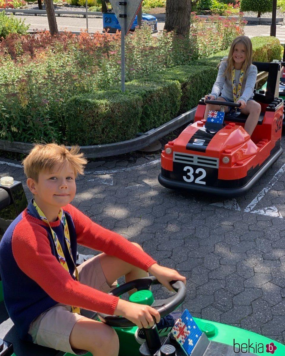 Los Príncipes Vicente y Josefina de Dinamarca en Legoland