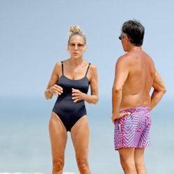 Sarah Jessica Parker disfrutando de sus vacaciones en la playa