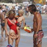 Pirlo con su mujer y sus hijos pequeños durante sus vacaciones familiares en Ibiza