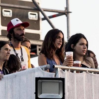 Leiva y Macarena García con Claudia Traisac en el Mad Cool Festival 2019