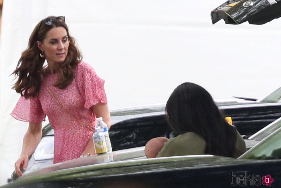 Kate Middleton, Meghan Markle y Archie Harrison en un partido benéfico de polo