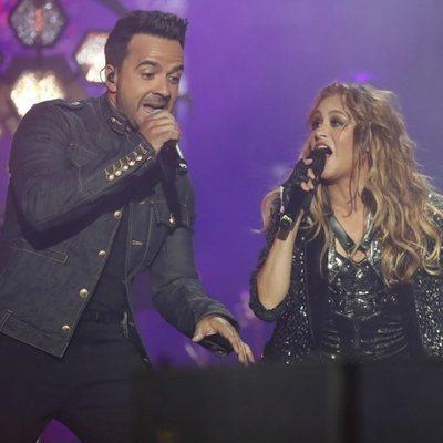 Paulina Rubio y Luis Fonsi en el concierto de 'La Voz'