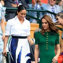 Kate Middleton y Meghan Markle a su llegada a la final de Wimbledon 2019