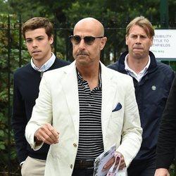 Stanley Tucci llegando a la final de Wimbledon