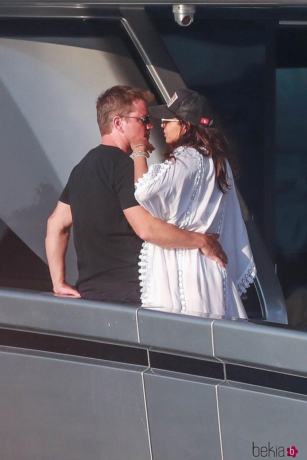 Matt Damon y su mujer, muy cómplices en Ibiza