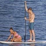 Miguel Bernardeau y Aitana Ocaña disfrutando en Ibiza