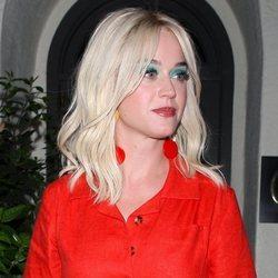 Katy Perry saliendo a cenar