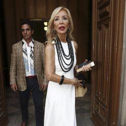 Carmen Lomana en el funeral de Arturo Fernández