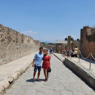 Paula Echevarría y Miguel Torres en Pompeya