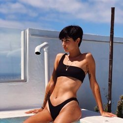 Natalia Lacunza en bikini con su nuevo corte de pelo
