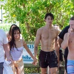 Shawn Mendes y Camila Cabello en Miami Beach