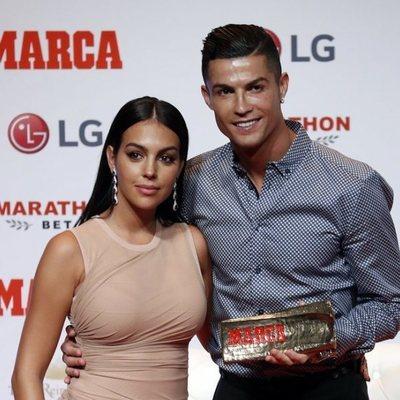 Georgina Rodríguez y Cristiano Ronaldo en la entrega de los Premios Leyanda de Marca