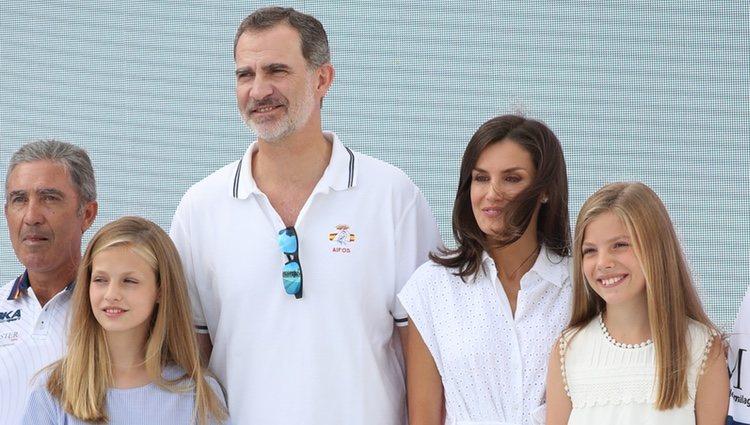 Los Reyes Felipe y Letizia, la Princesa Leonor y la Infanta Sofía visitando el Náutico de Palma