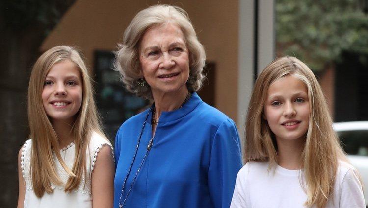 La Reina Sofía, la Princesa Leonor y la Infanta Sofía en el cine en Palma