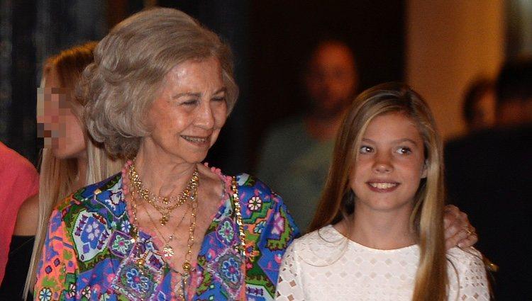 La Reina Sofía y la Infanta Sofía en el ballet en Palma