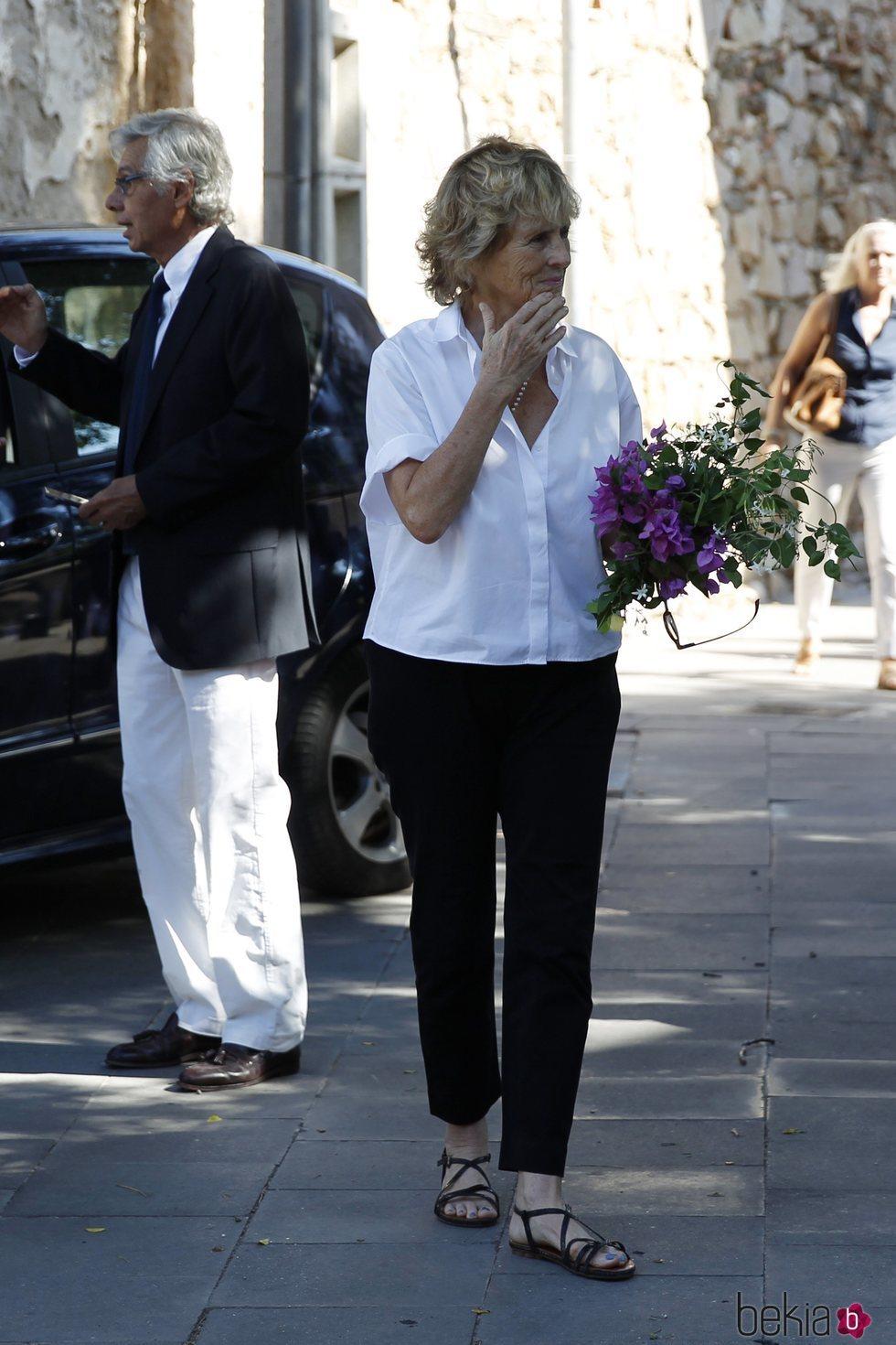 Mercedes Milá en el funeral de su madre