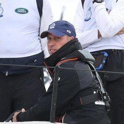 El Príncipe Guillermo de Inglaterra compitiendo en unas regatas