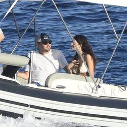 Leonardo DiCaprio y Camila Morrone en Italia