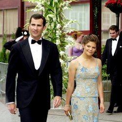 El Rey Felipe y Victoria de Suecia en la boda de Marta Luisa de Noruega y Ari Behn
