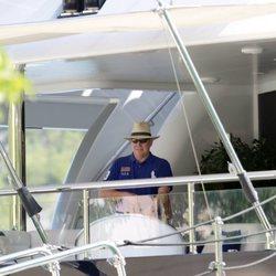 Alberto de Mónaco en un yate de lujo