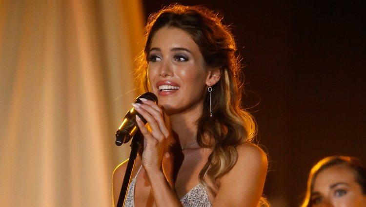 Marta López Álamo da su respuesta a la pregunta del jurado en el concurso Miss World Spain 2019