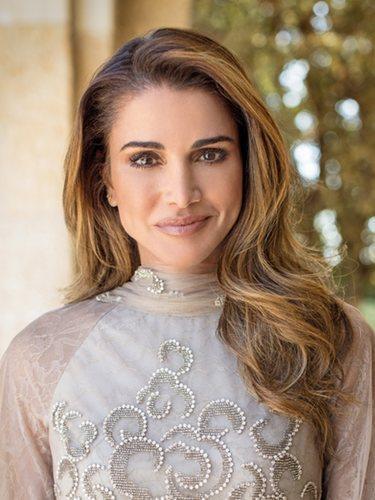 Rania de Jordania en los retratos para su 49 cumpleaños