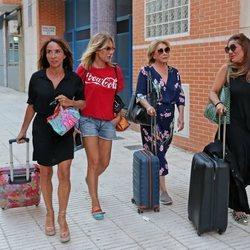 María Patiño, Belén Rodríguez, Mila Ximénez y Raquel Bollo se van a tomar algo tras el trabajo