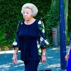 Beatriz de Holanda en el funeral de la Princesa Cristina