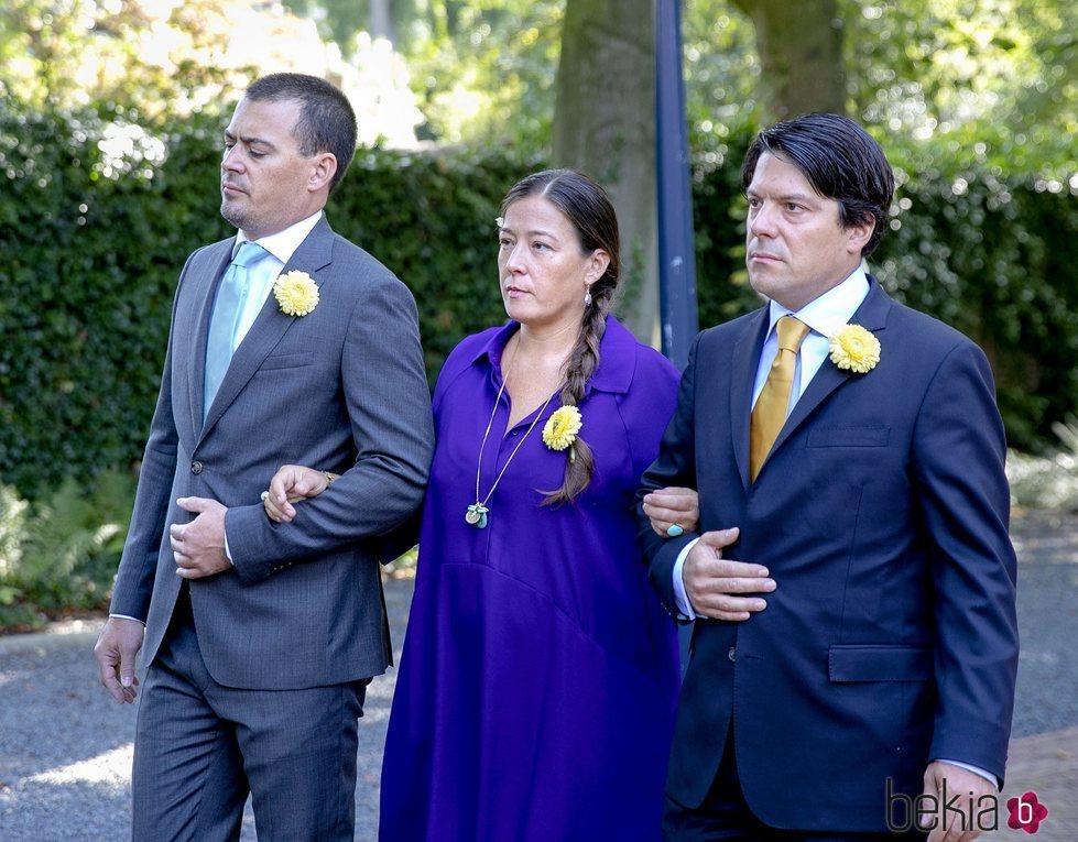 Bernardo, Juliana y Nicolás, hijos de la Princesa Cristina, en su funeral