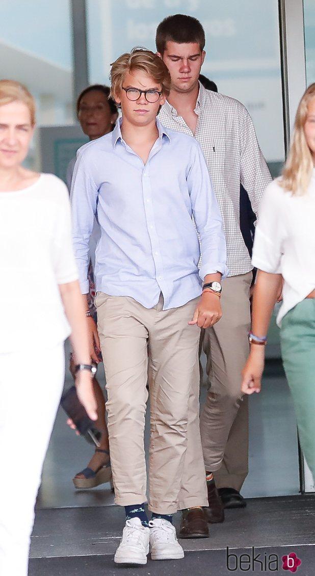 Miguel Urdangarin y Juan Urdangarin tras visitar al Rey Juan Carlos en el hospital
