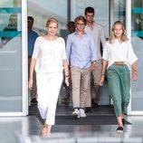 La Infanta Cristina y sus hijos Juan, Miguel e Irene Urdangarin tras visitar al Rey Juan Carlos en el hospital