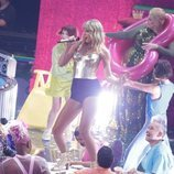 Taylor Swift cantando en los MTV VMAs 2019
