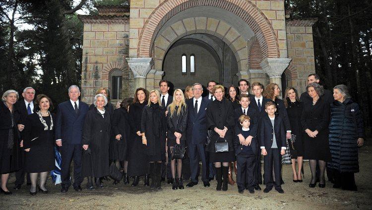 La Familia Real Griega en el 50 aniversario de la muerte del Rey Pablo I