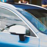 Victoria Federica conduciendo con la Infanta Elena como copiloto tras visitar al Rey Juan Carlos en el hospital