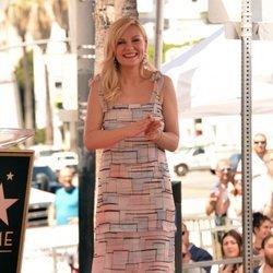 Kirsten Dunst recibe su estrella en el paseo de la fama de Hollywood