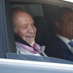 El Rey Juan Carlos I abandonado el hospital Quirón Madrid tras su operación de corazón