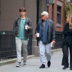 Richard Gere y su hijo mayor junto a Alejandra Silva en Nueva York