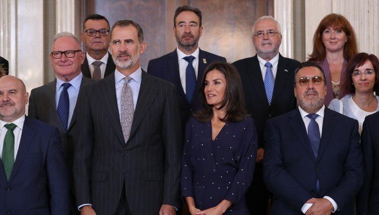 Los Reyes Felipe y Letizia con una delegación del Comité Español de Representantes de Personas con Discapacidad