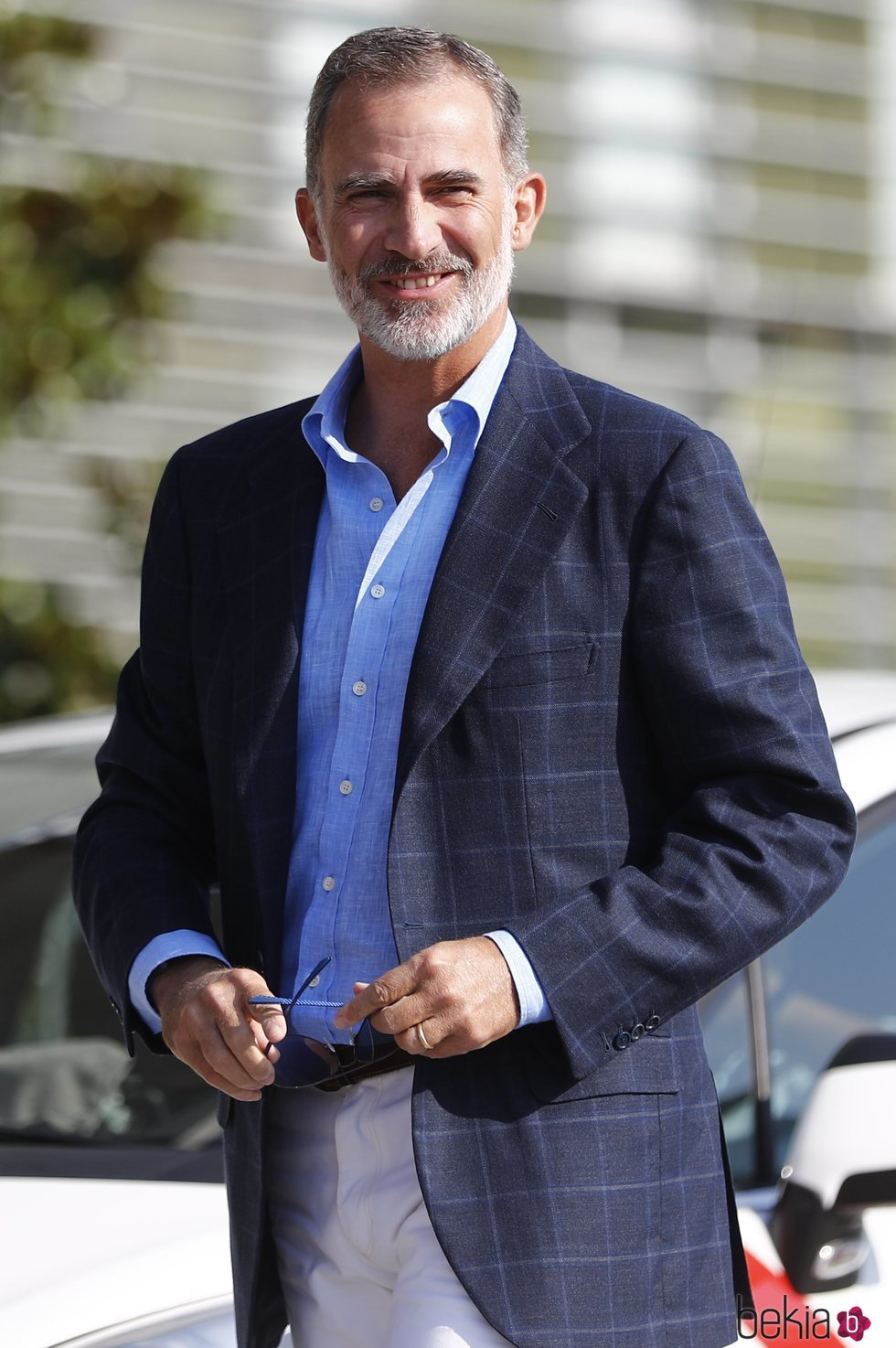 El Rey Felipe visita al Rey Juan Carlos en el hospital después de su operación de corazón