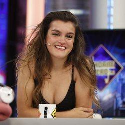 Amaia riéndose durante su entrevista en 'El Hormiguero'