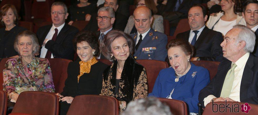 La Princesa Irene, Paloma O'Shea, la Reina Sofía y los Duques de Soria en un concierto de la Escuela Superior de Música Reina Sofía