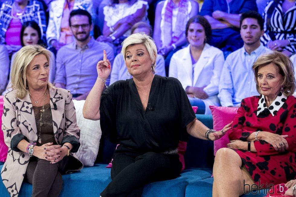Carmen Borrego, Terelu Campos y María Teresa Campos en 'Aquellos maravillosos años'