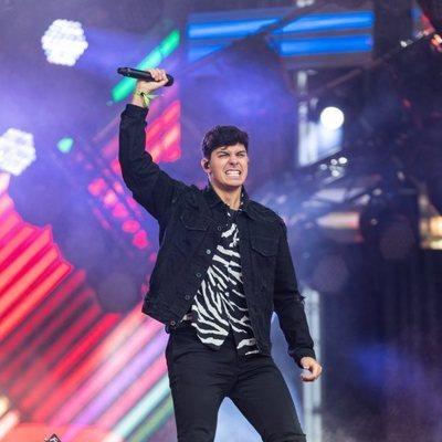 Alfred García en el escenario del Coca Cola Music Experience