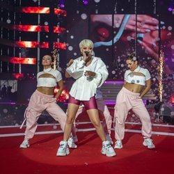 Alba Reche en el escenario del Coca Cola Music Experience