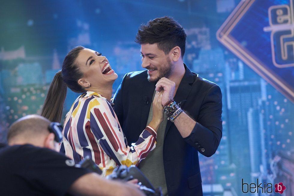 Ana Guerra y Cepeda bailando en 'El Hormiguero'