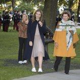 Ingrid Alexandra de Noruega y Sonia de Noruega en el parque de esculturas Princesa Ingrid Alexandra de Oslo